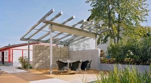 Solarlux terrasoverkapping van glas met zonwering
