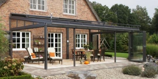 Solarlux terrasoverkapping van glas met vouwwand
